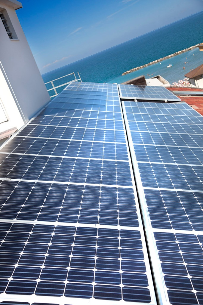 hotel-san-salvador-igea-marina-fotovoltaico